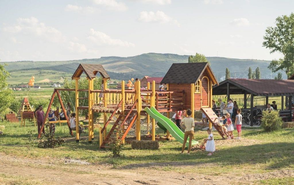 Muf Puf si Cavaleria - loc de joaca pentru copii
